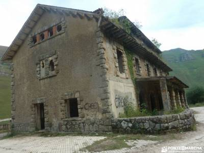 Senderismo Valles Pasiegos, Cantabria; peguerinos la cabrera madrid ruta del agua el monasterio de p